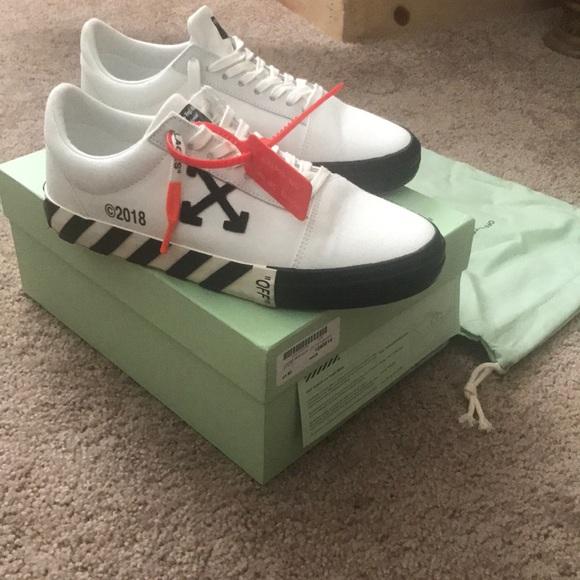 Off White Vulc Low Sneakers   Poshmark